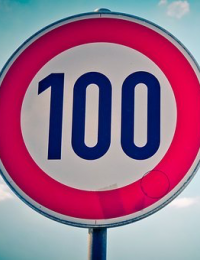 100 Sign